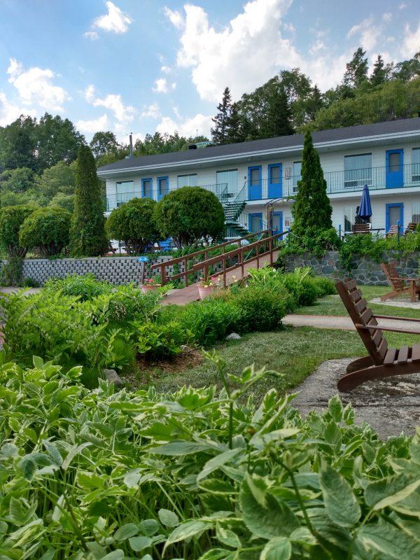 HotelMotelVoituresDEau-1